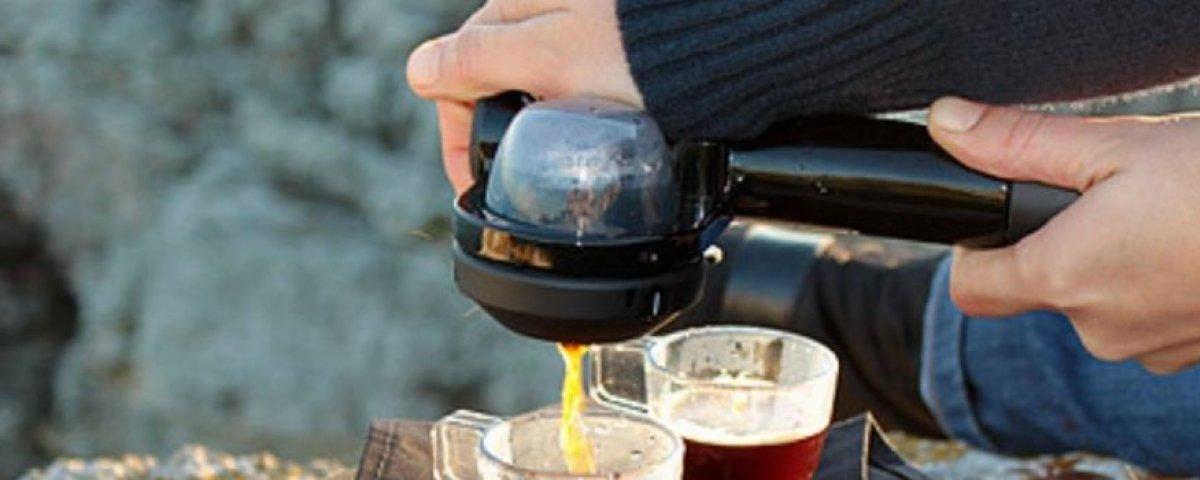 Kahvi retkellä