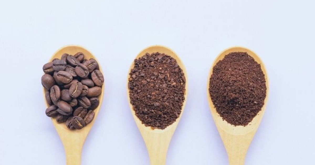Grinding coffee - from fine espresso to coarse cowboy coffee
