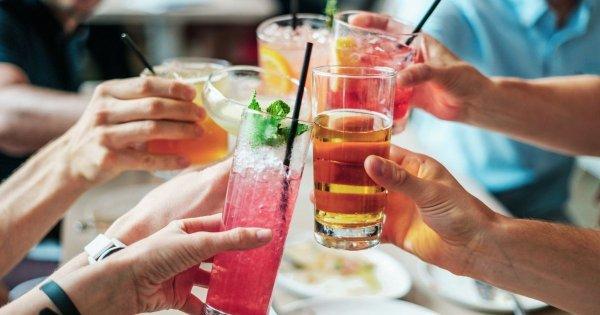 Joululahjoja cocktailien ystävälle