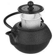 Teepannun mukana tulee ruostumattomasta teräksestä valmistettu teesiivilä